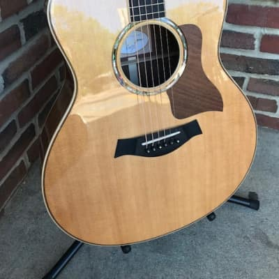 Taylor  816ce 2015 Natural VG Condition with Case and Lifetime Warranty!