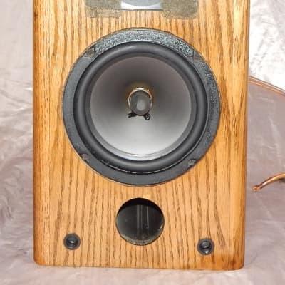 VMPS 626 bookchelf or center channel speaker