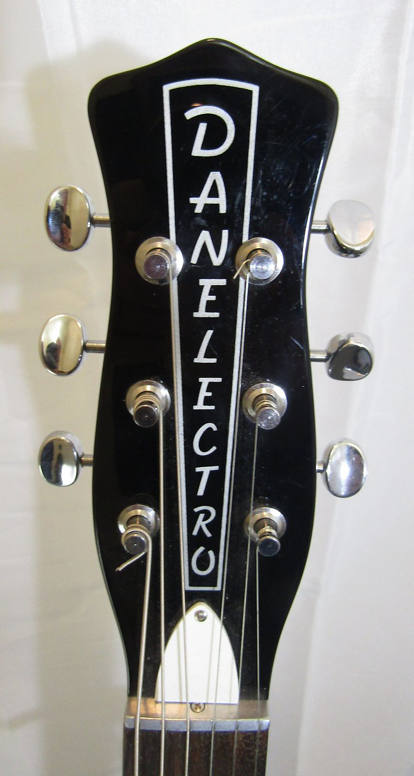 Danelectro 59M NOS Double Cutaway Black (used) Free Shipping!