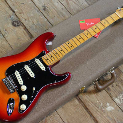 Fender Fender Rarities Flame Ash Top Stratocaster 2019 Plasma Burst Red Flame for sale