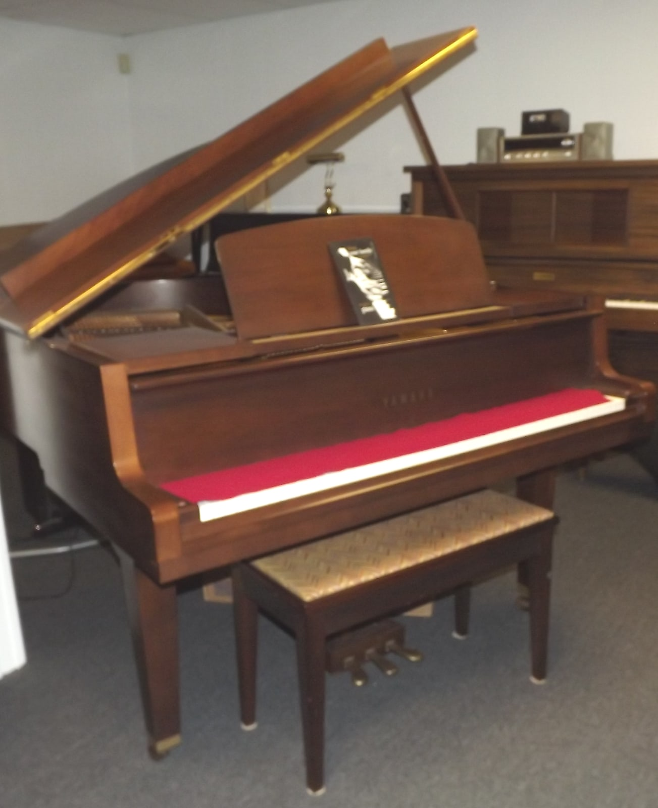 Yamaha  Walnut Baby Grand Piano and Bench