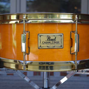 """Pearl Custom Classic 5.5x14"""" One-Piece Solid Maple Snare Drum 1990s"""