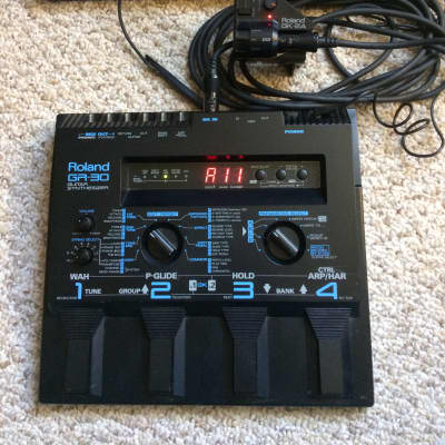 Roland GR-30 Guitar Synthesizer, GK-2A PU, Roland Multi-Pin Cable, Roland Power Supply, Mounting Kit