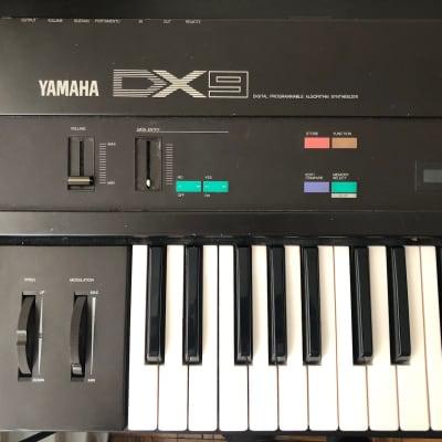 Yamaha DX9 FM Synthesizer