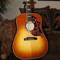 Gibson Hummingbird 2016 Cherry Sunburst image
