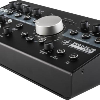 Mackie Controlador Big Knob Studio+