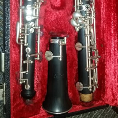Excellent full-conservatory intermediate oboe for sale! Linton Lintone ZRL