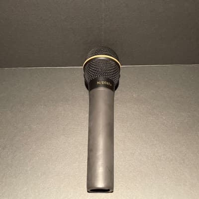 Electro-Voice N/D267a Cardioid Dynamic Vocal Microphone