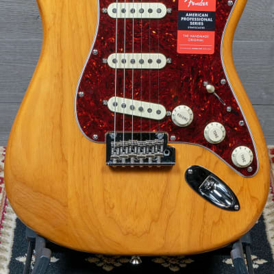 Fender American Professional Stratocaster Lite Ash Aged Natural for sale