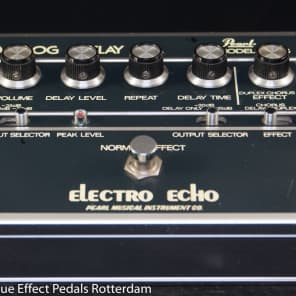 Pearl F-605 Electro Echo Analog Delay  with MN3005 BBD Japan s/n 505448 for sale