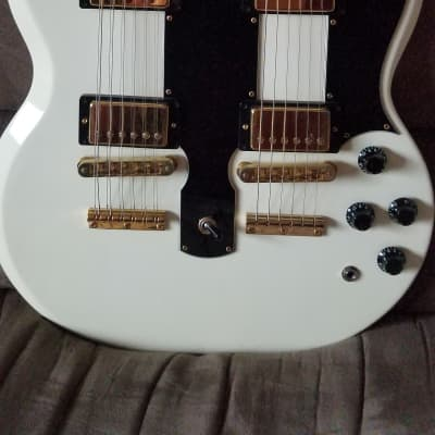 Gibson  EDS-1275 Double Neck  2001 Aged White with original HSC for sale