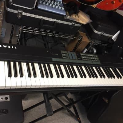 Kurzweil SP76 Digital Keyboard