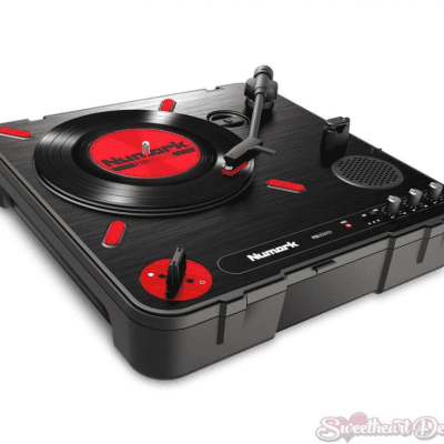 NUMARK PT01 Scratch Portable Turntable With Scratch Switch & Carry Case