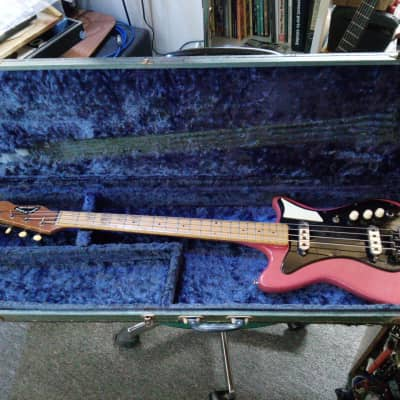 BURNS Sonic Bass 1960-64 red for sale