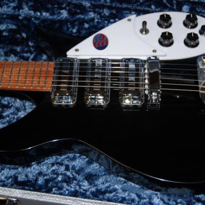 MINT! Rickenbacker 325C64 JetGlo Electric Guitar Original Silver Tolex Case RARE! for sale