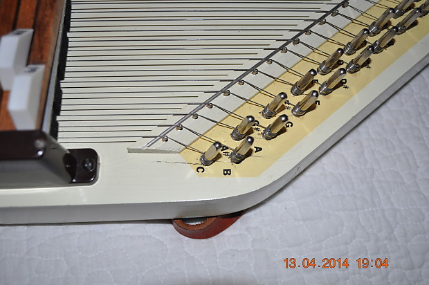 281154360730 also 5827008 Rbi Chromaharp Autoharp 15 Bar moreover 1850206 Oscar Schmidt Guitaro 1960 S Aged White moreover 1850206 Oscar Schmidt Guitaro 1960 S Aged White further 1932213 Autoharp Custom C G Diatonic 12 Chord Oscar Schmidt. on oscar schmidt autoharp no hole