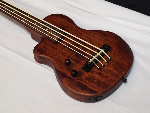 gold tone microbass me bass fretless short scale 4 string reverb. Black Bedroom Furniture Sets. Home Design Ideas
