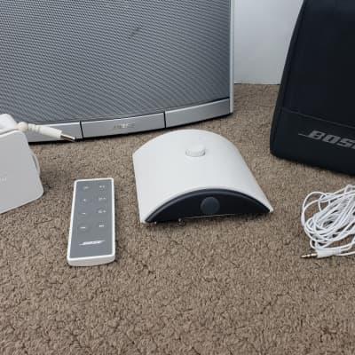 BOSE SoundDock Portable Music System, 30pin iPod, White