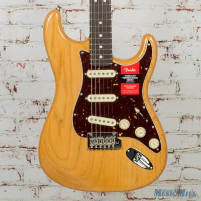 Fender Limited Edition Lite Ash American Professional Stratocaster Electric Guitar Natural 2218 for sale