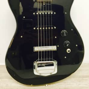 Harmony H-804 Electric Guitar Used