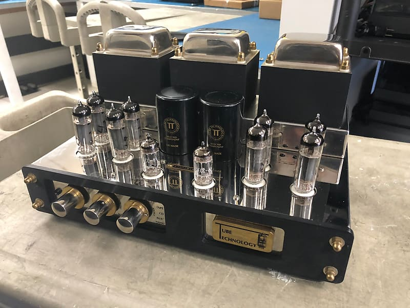 Tube Technology Unisis Signature Integrated Amplifier - EL84 35Wpc Valve  Amp - UK hifi