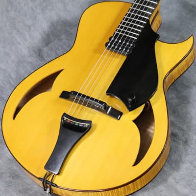 Marchione 15Inch Archtop Natural /1101 for sale