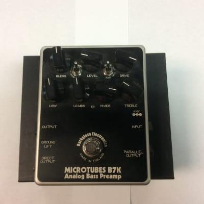 Darkglass Electronics Microtube B7K Preamp Pedal