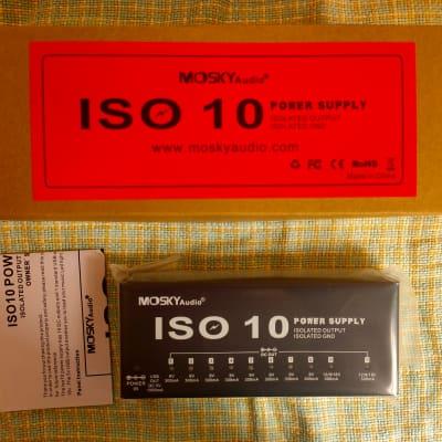 Mosky Power Supply Station 10 Isolated DC Outputs & One 5V USB Output for 9V 12V 18V Guitar Effects