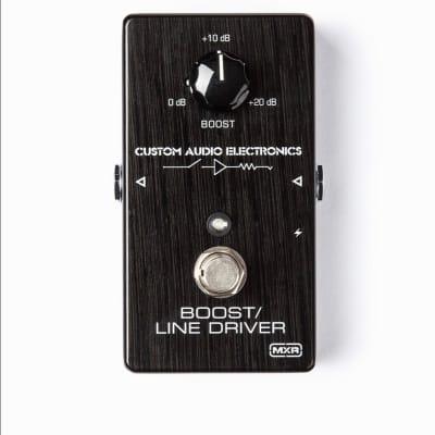 MXR MC401 CAE Boost/Line Driver