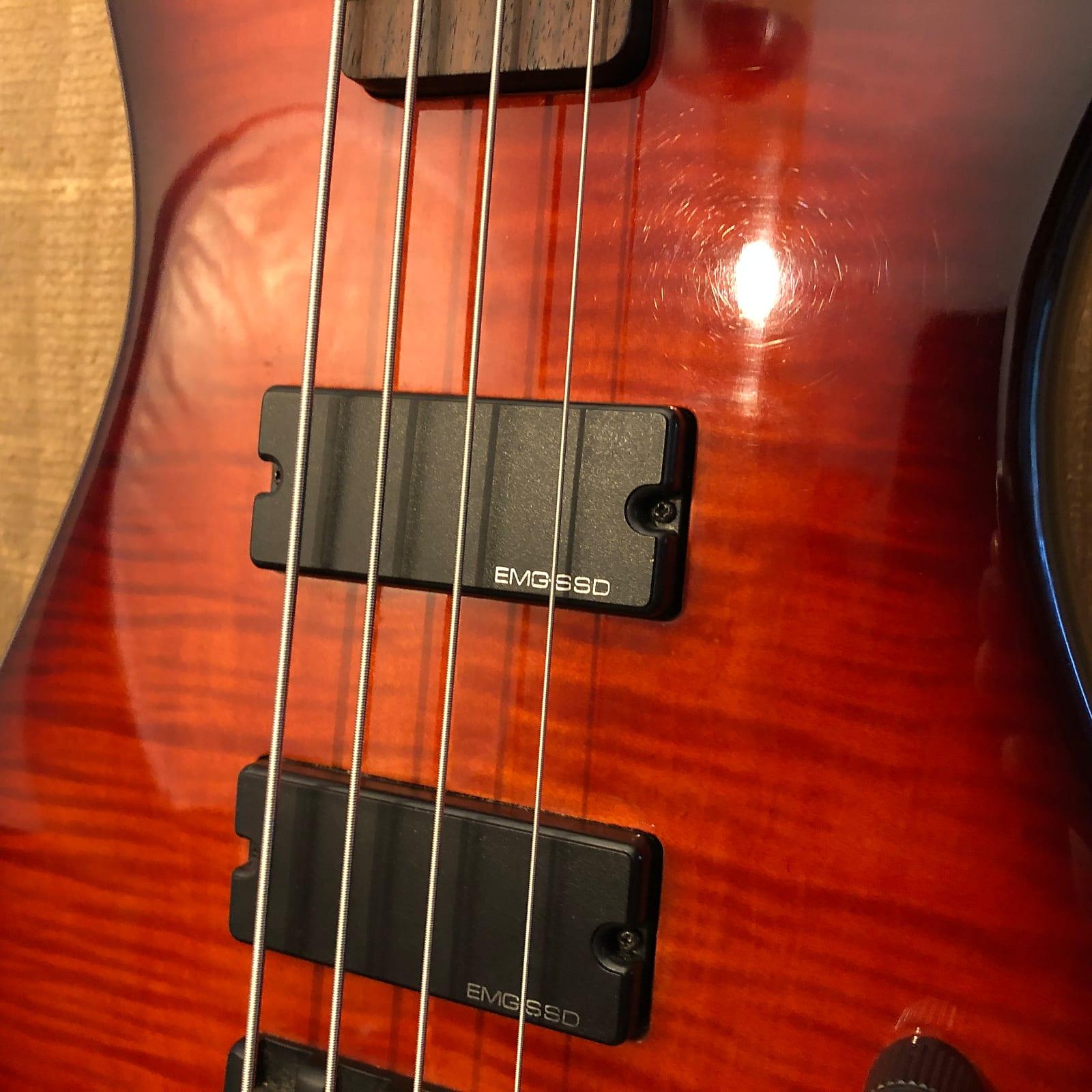 Spector Performer 4 DLX Bass Guitar Tobacco Sunburst