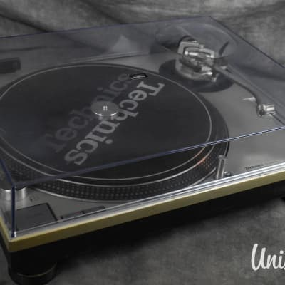 Technics SL-1200MK2 Silver Direct Drive DJ Turntable In Good Condition