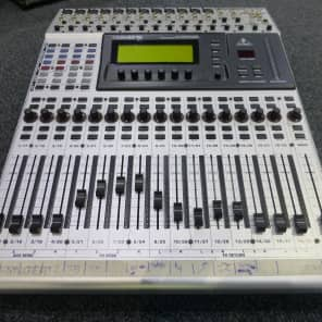 Behringer DDX3216 Fully Automated 32-Channel Digital Mixer