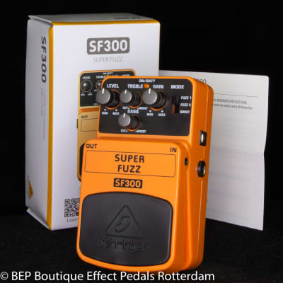 Behringer SF300 Super Fuzz 3-Mode Fuzz Distortion s/n S200502165525