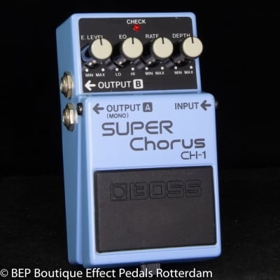 Boss CH-1 Super Chorus 1990 Blue Label s/n BB09474 Analog version with MN3007 BBD