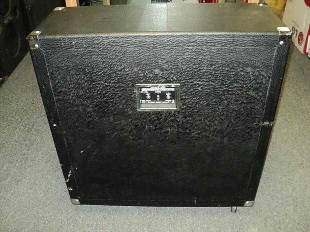 behringer bg412s ultrastack 400 watt 4x12 stereo surround reverb. Black Bedroom Furniture Sets. Home Design Ideas