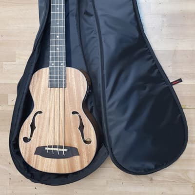 CNB UB-680 Bass Uke Bag for Kala or Hadean U-Bass  Black