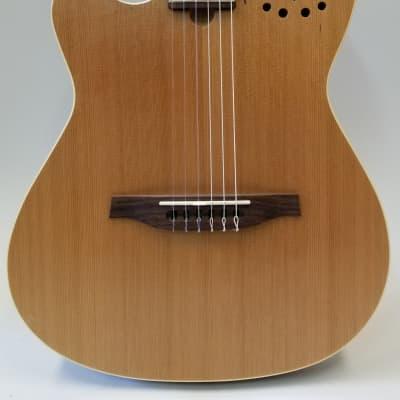 Godin Left Handed MultiAc Nylon Encore Electro-Acoustic Guitar W/Bag (035878)