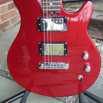Gadow American Classic 2008 Red With Factory Gadow Gig Case Made In USA for sale