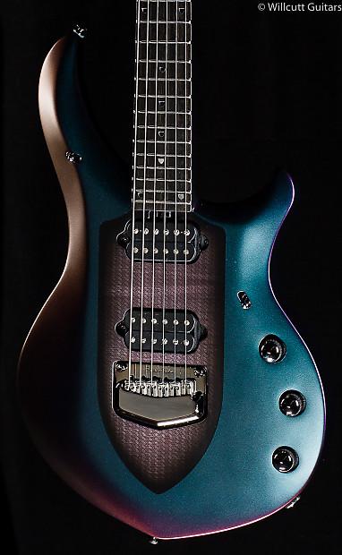 Music Man Majesty Arctic Dream (180) USED   Willcutt Guitars