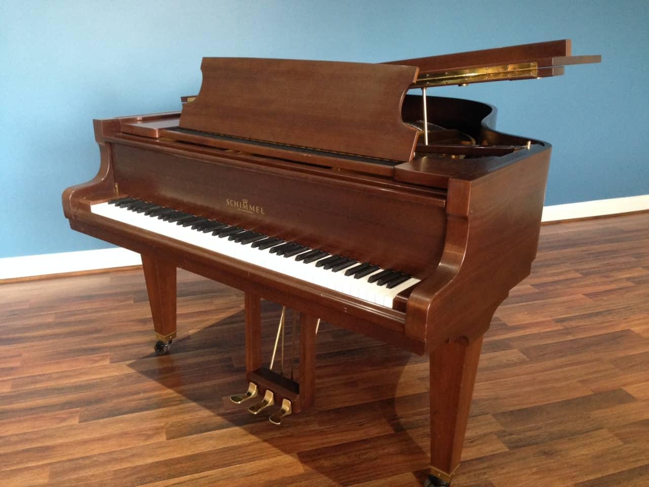 Schimmel t174 grand piano freeburg pianos reverb for Royal pianos