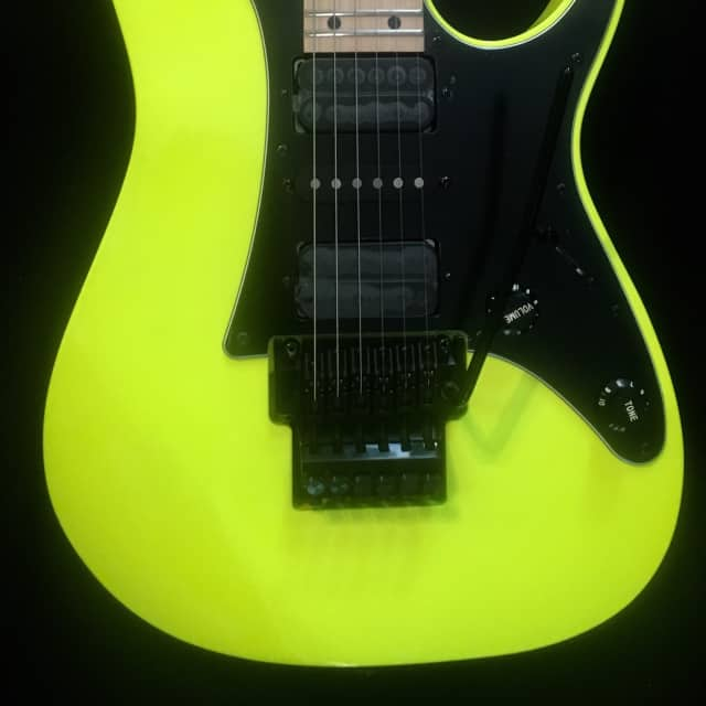 Ibanez RG550 DY Genesis Desert Sun Yellow Electric Guitar & Deluxe Gig Bag Demo Video Inside image