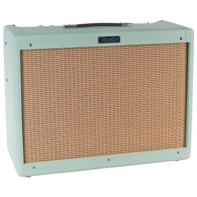 """Fender Hot Rod Deluxe IV """"A-Type"""" FSR Limited Edition 3-Channel 40-Watt 1x12"""" Guitar Combo"""