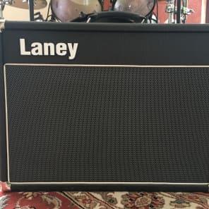 """Laney VC30-210 30-Watt 2x10"""" Tube Guitar Combo Amp"""