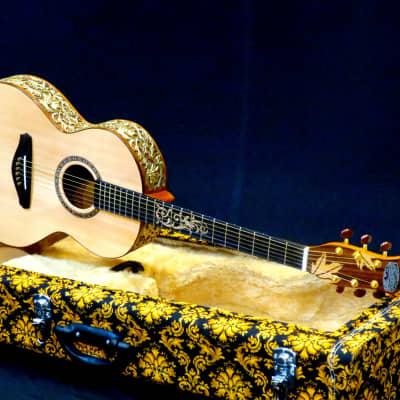 Batiksoul Masterpiece 2020 - OO Parlor King of Owl Gold Leaf for sale