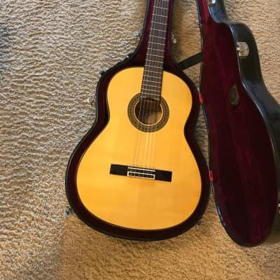 Yamaha CG171SF Flamenco Guitar mint condition with humi-case