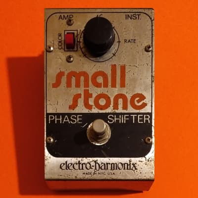 Electro-Harmonix Small Stone V2 Issue J 1977 - rare red switch - w/3.5mm converter