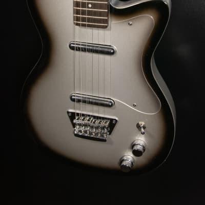 Silvertone Classic 1303/U2 SVB Electric Guitar, Silverburst for sale