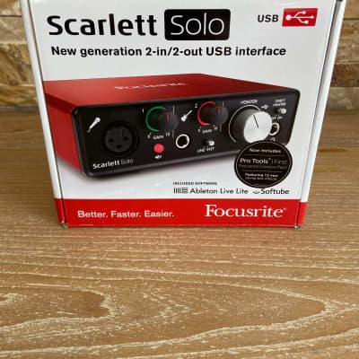 Focusrite Scarlett Solo Red