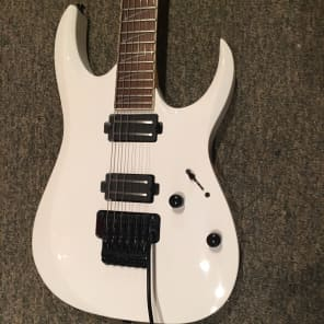 Ibanez RGD320 WH RG Series Extra Long-Scale Electric Guitar White