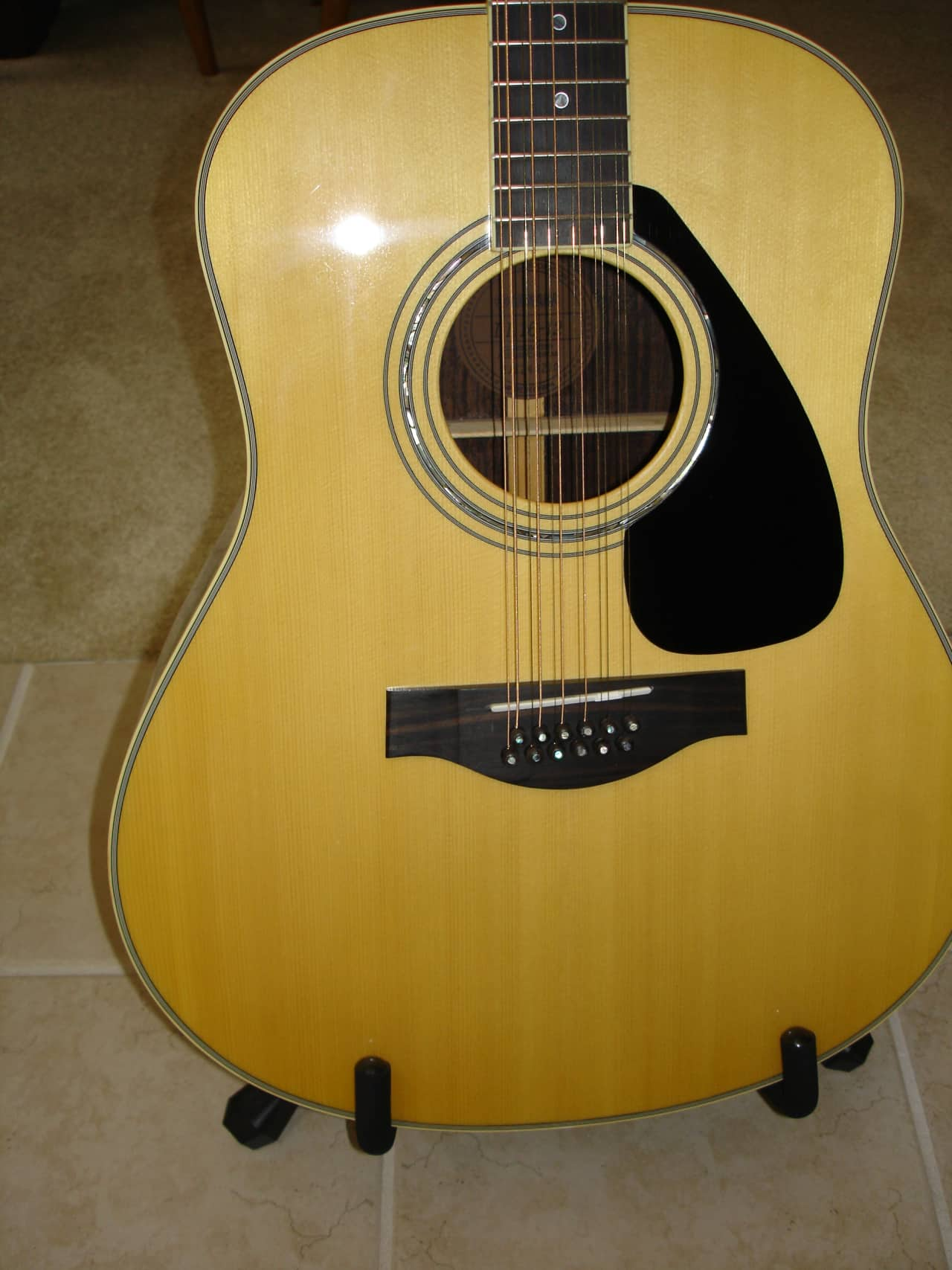 Yamaha ll16 12 all solid wood handcrafted 12 string for Yamaha ls16 vs ll16
